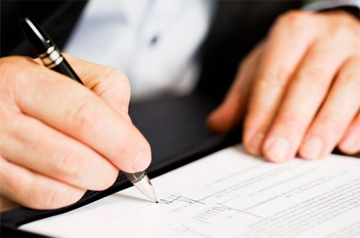 decreto-assinatura Prazos processuais estão suspensos até o dia 30 de abril; confira as novas medidas dispostas no Ato Conjunto nº05