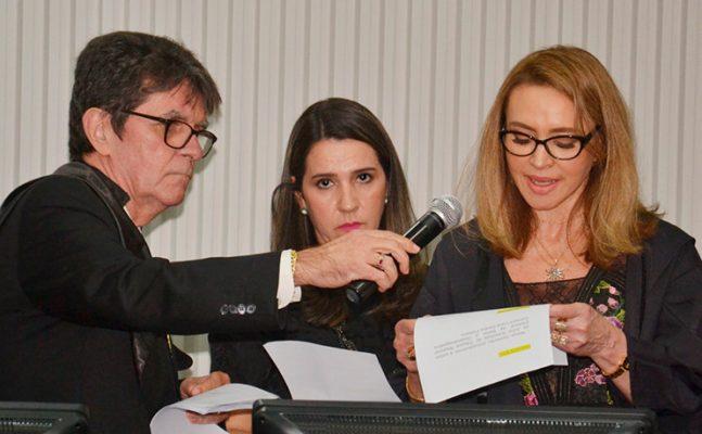 Posse-Desa-Carmen-Lúcia_04-647x400 Pelo segundo biênio, Desembargadora Carmem Lúcia é empossada Juíza Substituta do TRE-BA