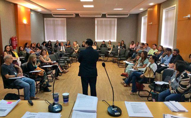 """curso-Liderança-Administrativa-e-Gestão-Emocional-3-647x400 Unicorp: Magistrados e Servidores participaram do curso """"Liderança Administrativa e Gestão Emocional"""""""