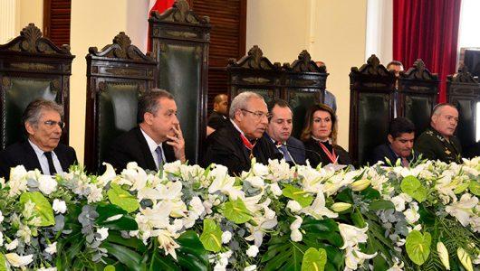 Posse-Mesa-Diretora-2020-2022-des-augusto-de-lima-bispo-530x300 Discurso - Desembargador Augusto de Lima Bispo
