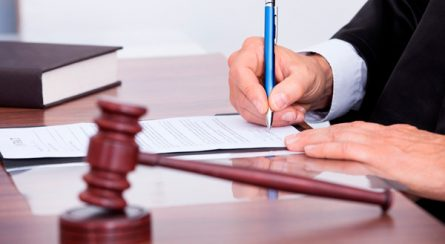 atos-judiciais-445x244 Serviços de expedição e publicação de atos judiciais e administrativos devem ser mantidos durante o Plantão Extraordinário